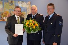 Ernennung von stellv. Kreisbrandmeister Jörg Laude (2017) mit KBM Jan Hinken